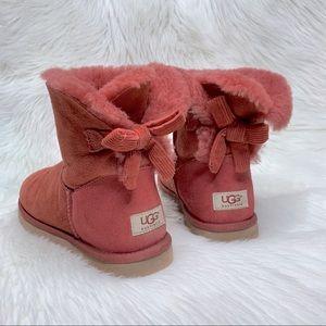 Ugg Bailey corduroy bow boots size 9